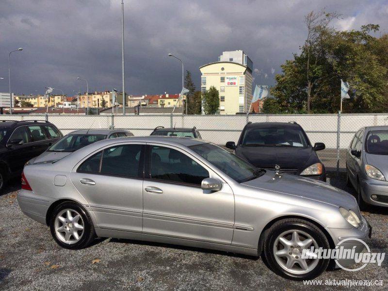 Mercedes-Benz Třídy C 2.0, nafta, r.v. 2001 - foto 15