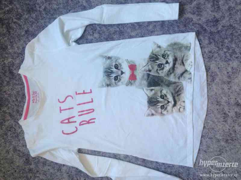 Prodám dívčí triko, 10-11 let, F&F - foto 1