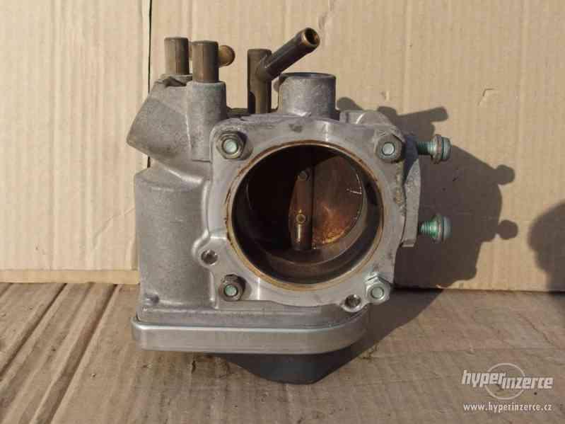 Originální škrtící klapka Škoda Octavia I 1.6/75 kW - foto 7