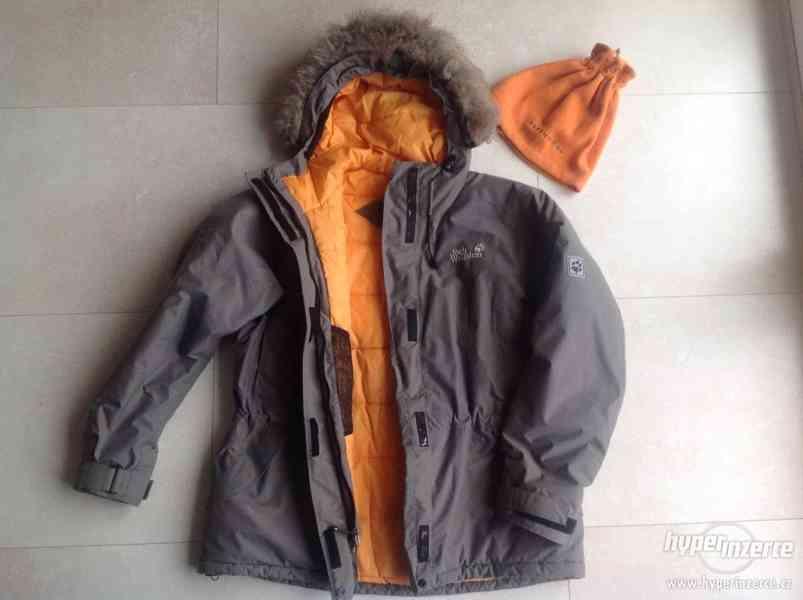 Prodám dámskou zimní bundu Jack Wolfskin