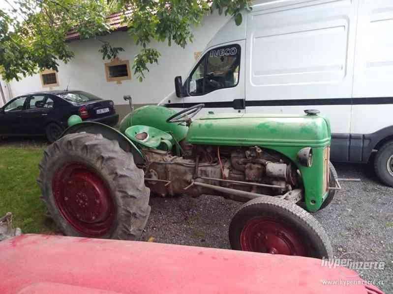 Prodám traktor Ford 1940 - foto 1