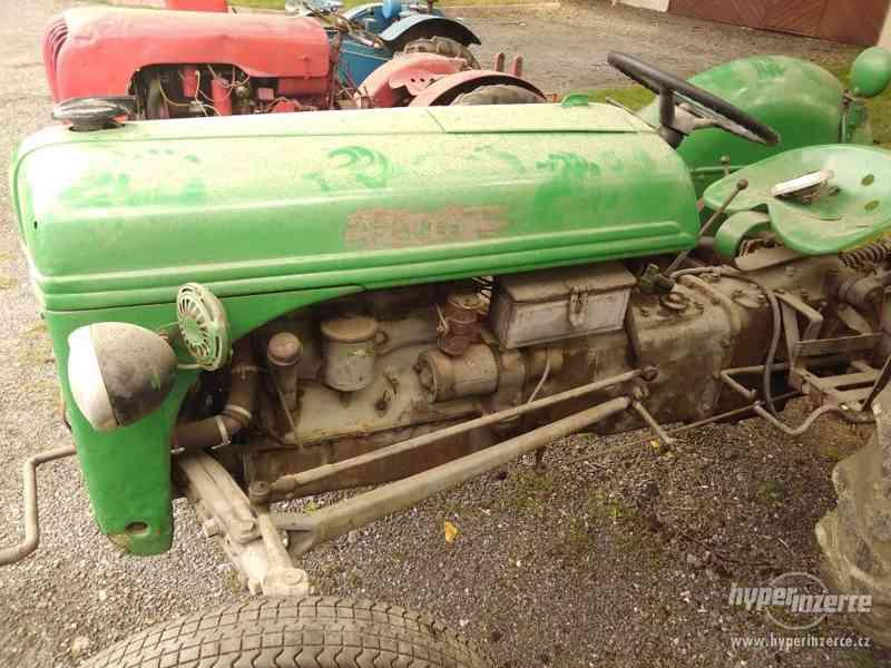 Prodám traktor Ford 1940 - foto 2
