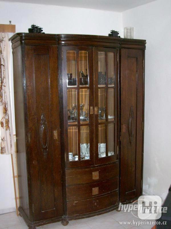 Prvorepublikový starožitný nábytek. - foto 1