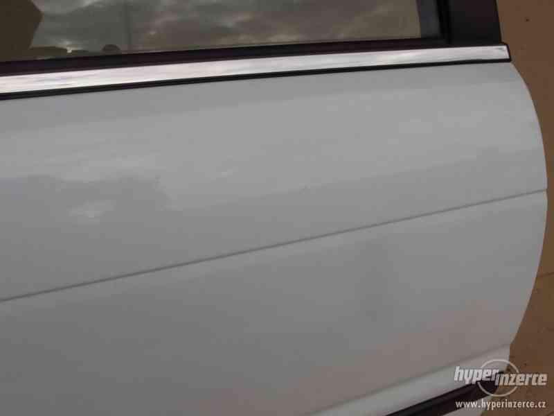 Pravé zadní dveře Suzuki Baleno combi - foto 3