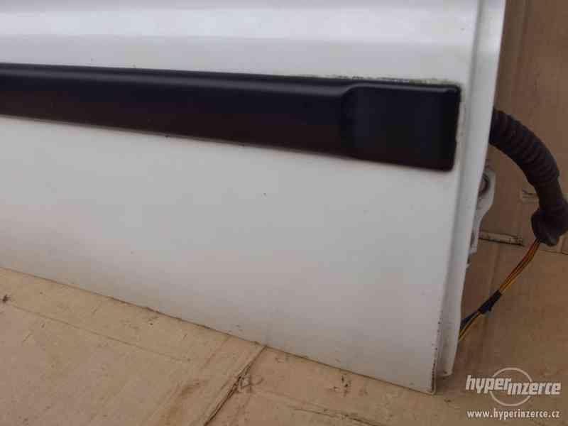 Pravé zadní dveře Suzuki Baleno combi - foto 4