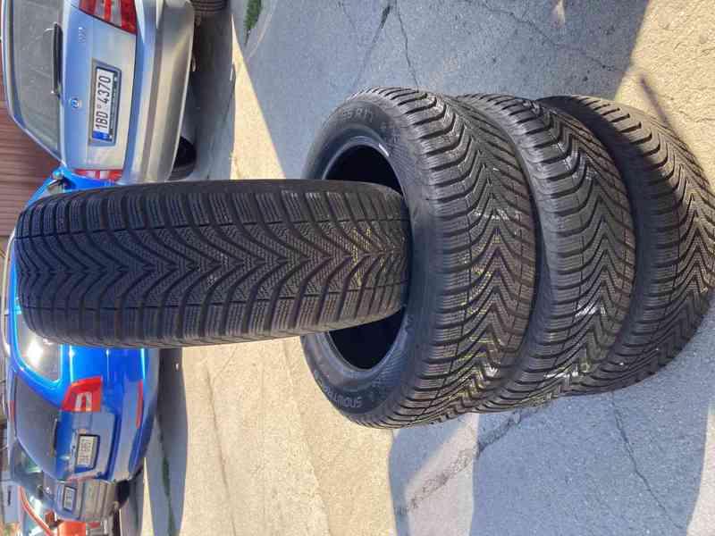 zimni pneu 205 55 17 veredestein - foto 1
