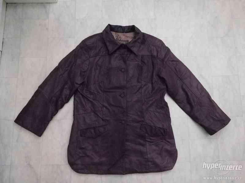 kvalitní delší kožená dámská bunda - foto 3
