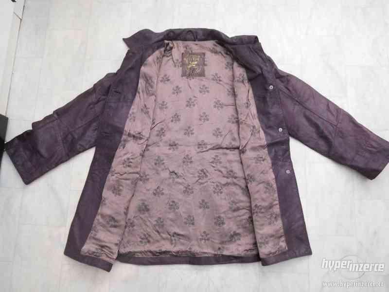 kvalitní delší kožená dámská bunda - foto 5