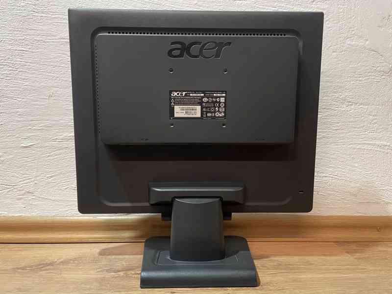 Acer AL1716 - foto 4