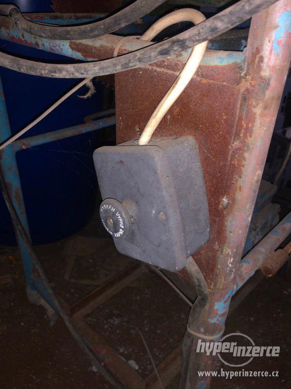 Pila na dřevo - cirkulárka k opravení - foto 9