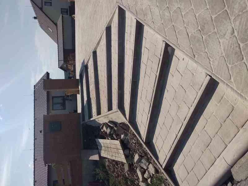 Pokládka zámkové dlažby , zahrady , stavební práce
