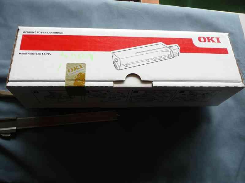 Originál toner OKI černý 44992402 - foto 1