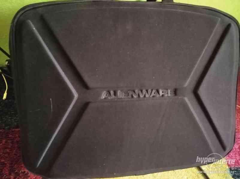"Prodám mega tašku Alienware Vindicator pro 18"" ntb"