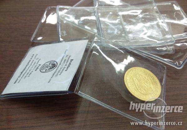 Macho & Chlapovič - prodej dvoukapsiček na mince