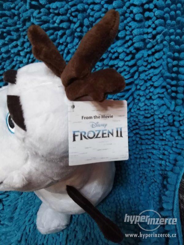 plyšový Olaf Frozen II svítící nos - foto 3