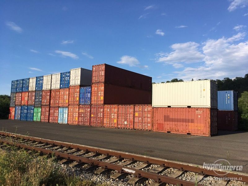 Lodní kontejner 12 m. Výborný stav. Prodám 65.000 Kč. Praha