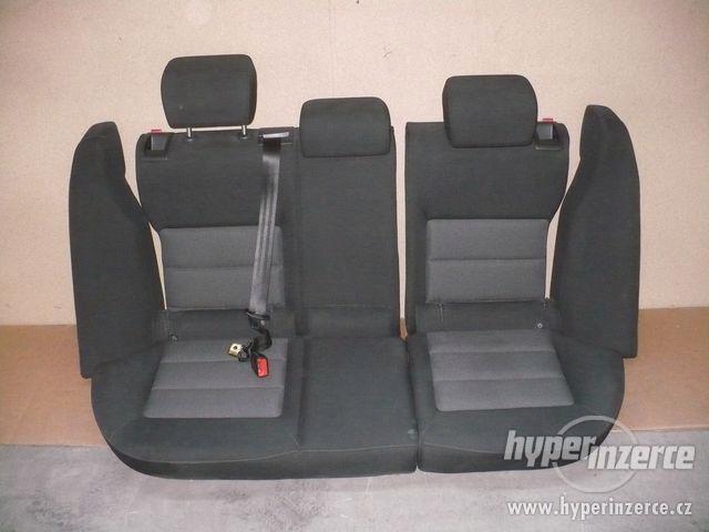 Zadní dělené sedačky Octavia II - i jednotlivě