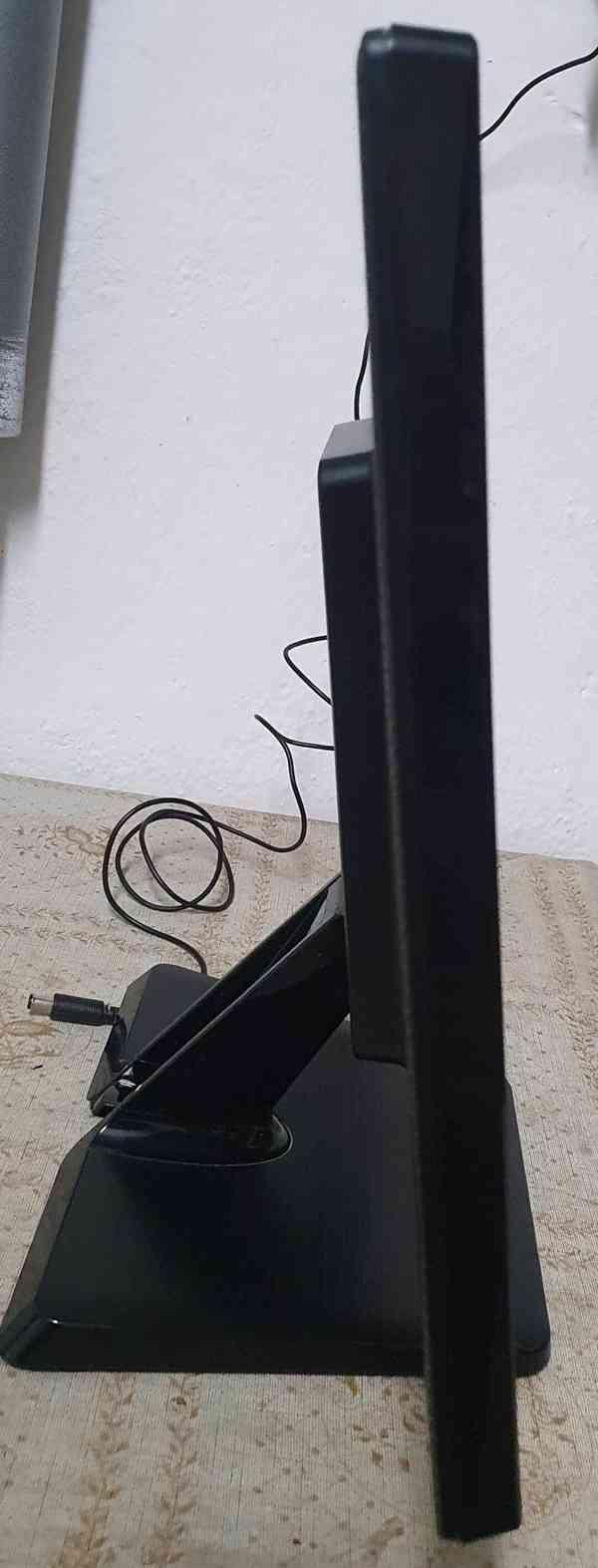 """Prodám 19"""" LCD monitor LG 19EN33SA - foto 4"""