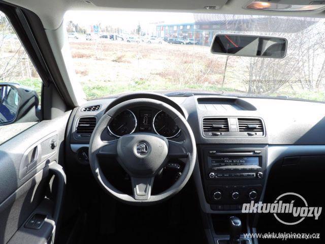 Škoda Yeti 1.2, benzín, automat, vyrobeno 2015 - foto 19