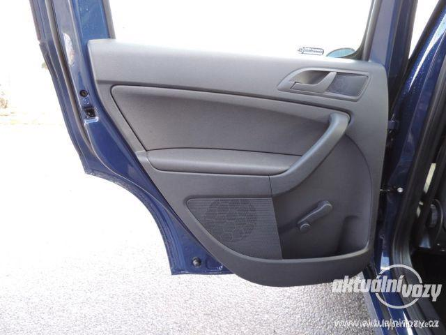 Škoda Yeti 1.2, benzín, automat, vyrobeno 2015 - foto 22