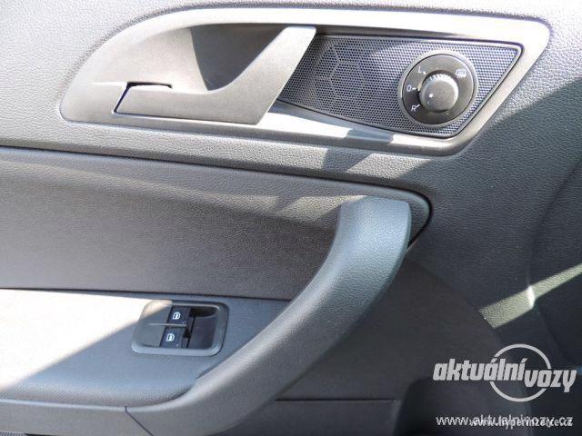 Škoda Yeti 1.2, benzín, automat, vyrobeno 2015 - foto 32
