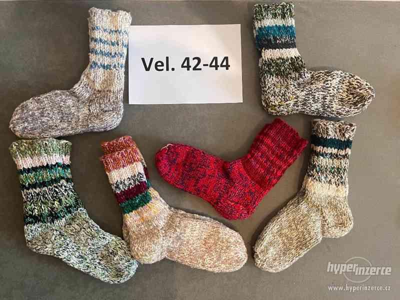 Pletené vlněné ponožky - foto 3