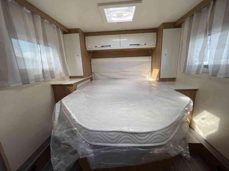 Pronajmu karavan - FORD (2021) Nový - foto 10