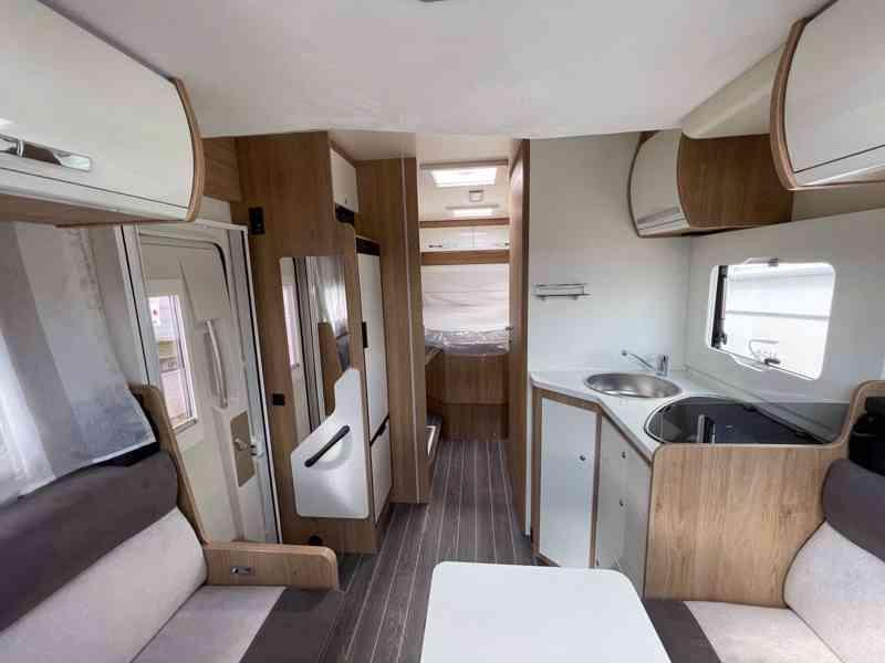 Pronajmu karavan - FORD (2021) Nový - foto 7
