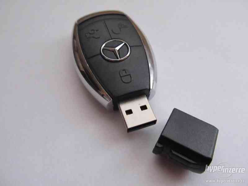 USB flash Mercedes-Benz - 16 GB (okamžité odeslání) - foto 3