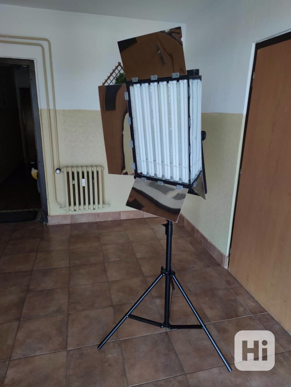 Trvalé foto/video světlo typu KinoFlo 70x53cm 2000w - foto 1