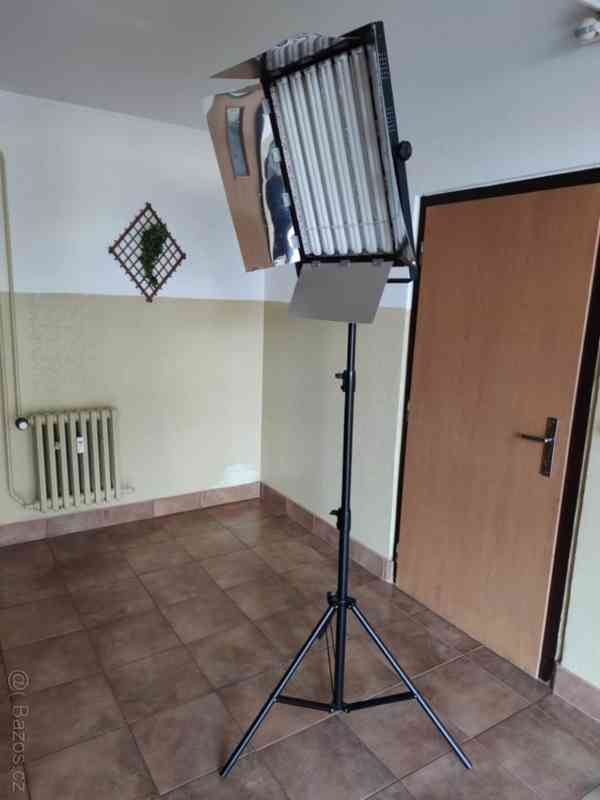 Trvalé foto/video světlo typu KinoFlo 70x53cm 2000w - foto 4