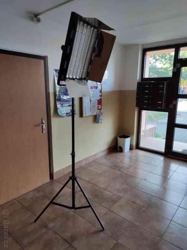 Trvalé foto/video světlo typu KinoFlo 70x53cm 2000w - foto 5
