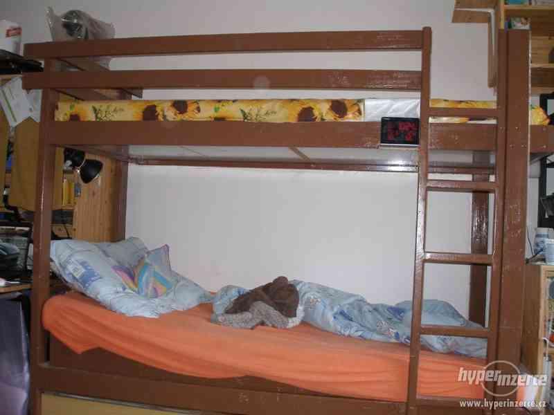 Patrová postel se šuplíky