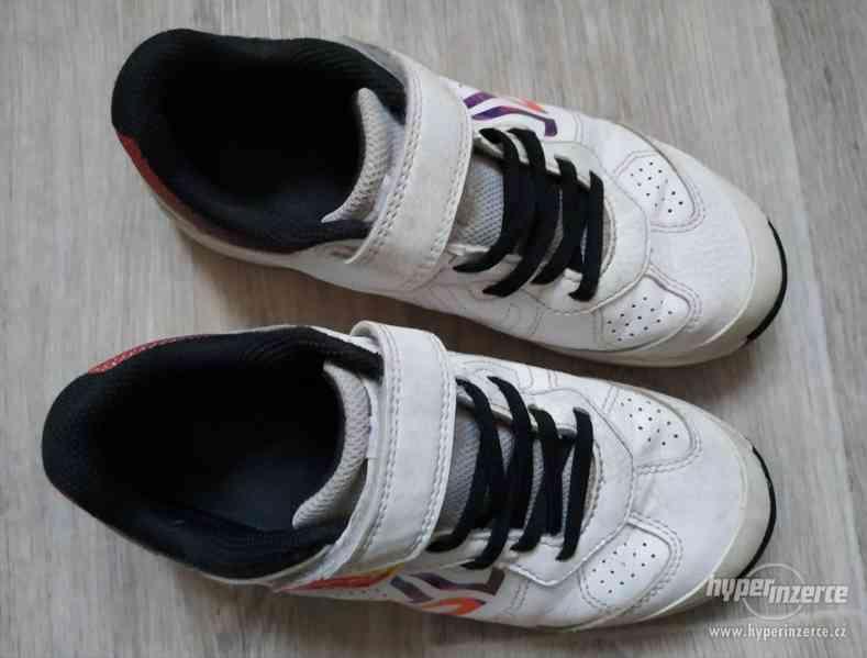 Dívčí sálová obuv vel.35 - foto 2