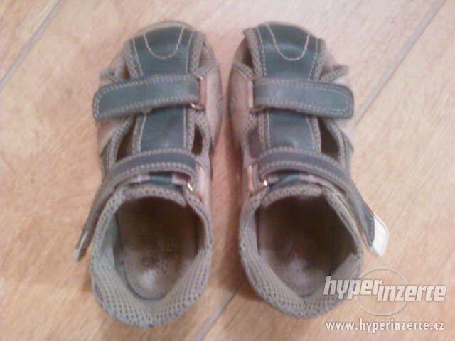 Dětské zdravotní sandálky Santé