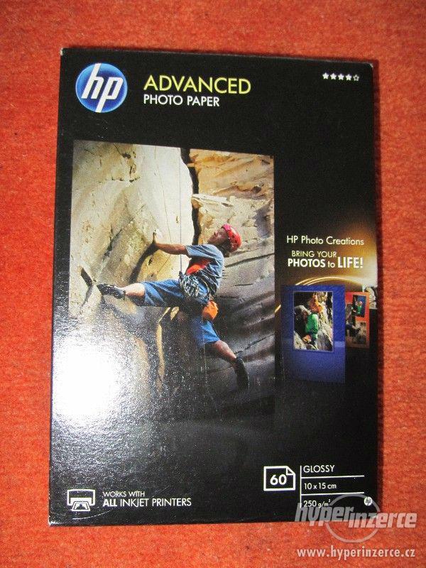 nový fotografický papír HP Advanced Photo Paper
