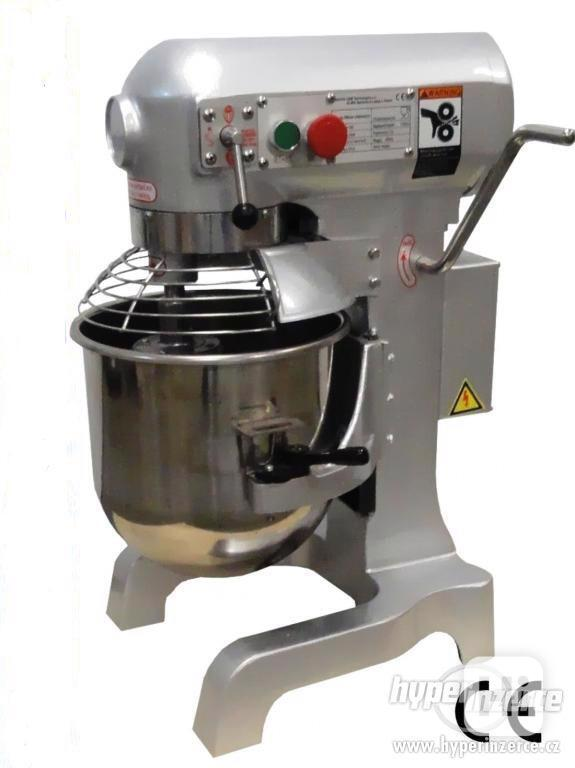 Kuchyňský robot 10 L mixer