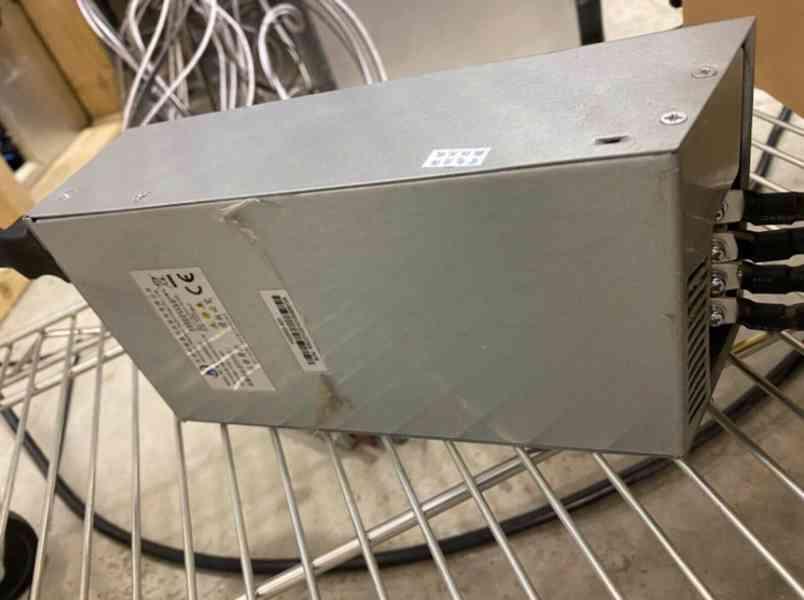 Innosilicon A10 Pro+ Vzácný 8g ETH 800mh/s ZDARMA PSU Ether  - foto 2