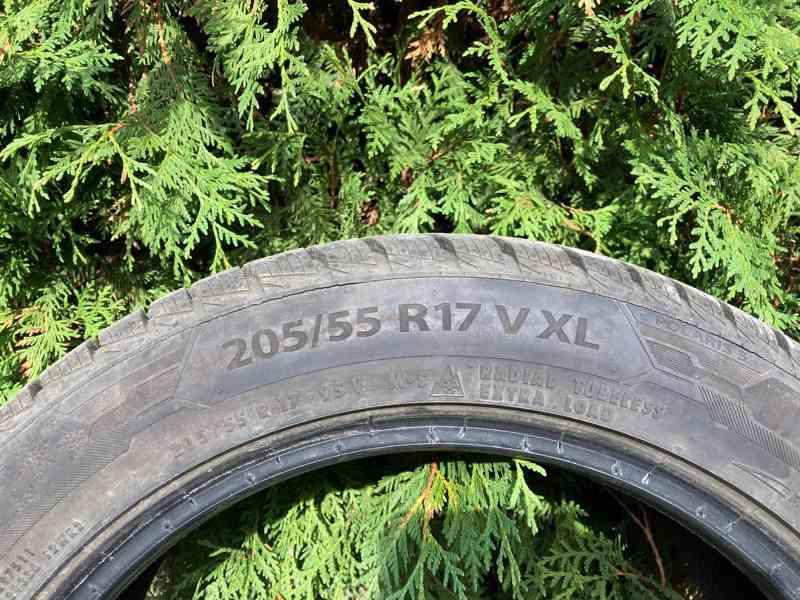 Prodám zimní pneu Barum Polaris 5 205/55 R17 V XL - foto 3