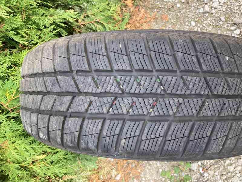 Prodám zimní pneu Barum Polaris 5 205/55 R17 V XL - foto 2