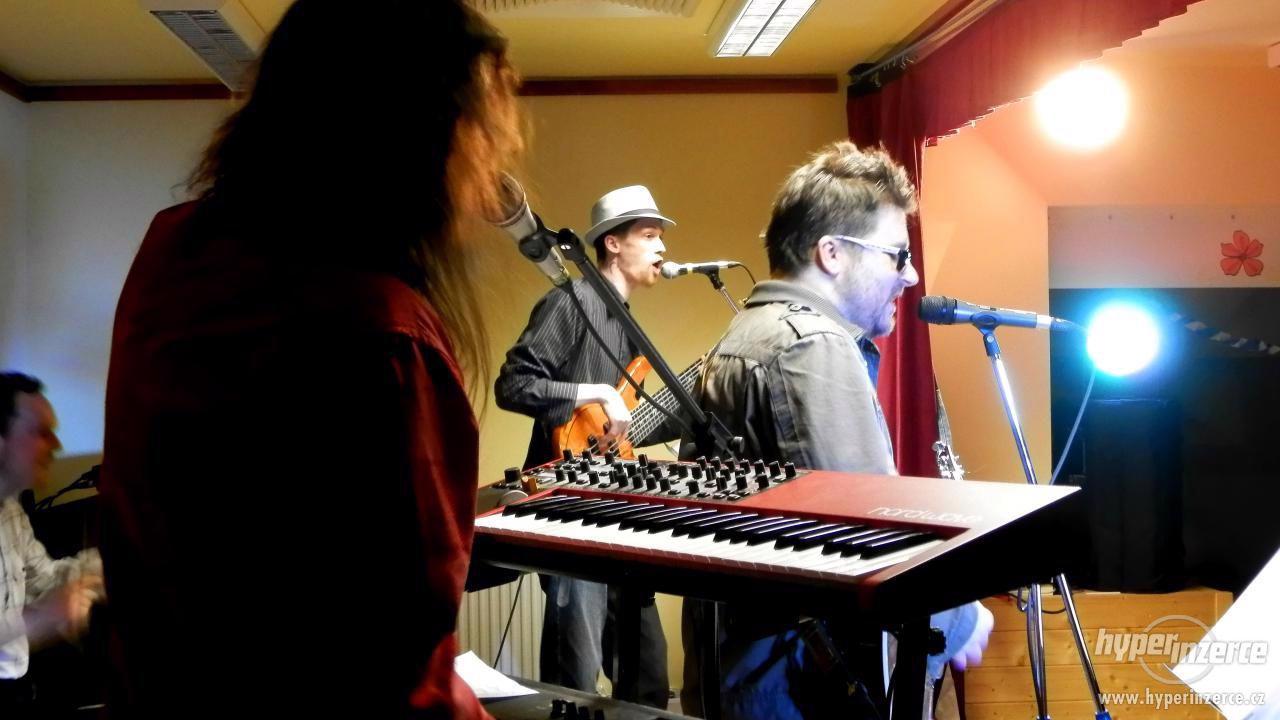 Hudební skupina RELiDA (ex unibandix)- zábavy, svatby, plesy - foto 1