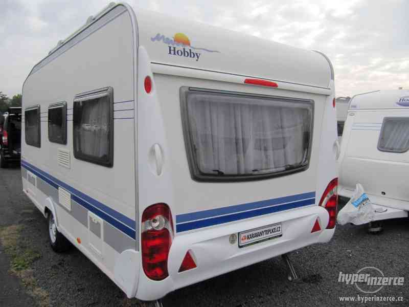 Prodám karavan Hobby 460 ufe,model 2008 + klima + před stan. - foto 5