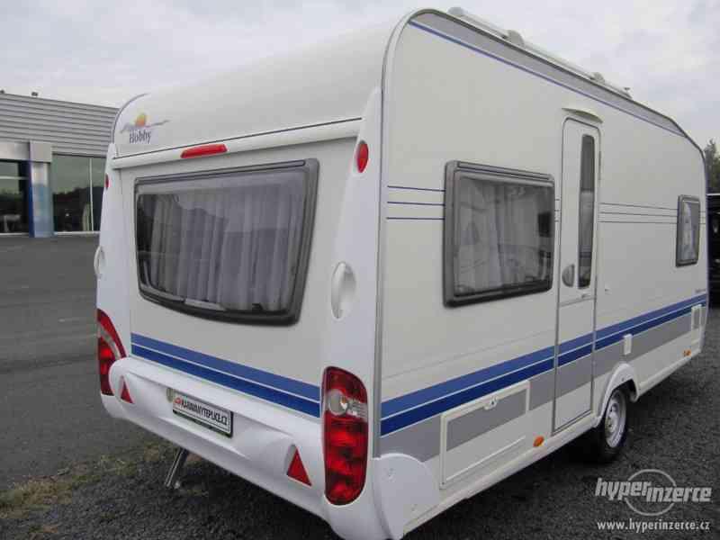 Prodám karavan Hobby 460 ufe,model 2008 + klima + před stan. - foto 6