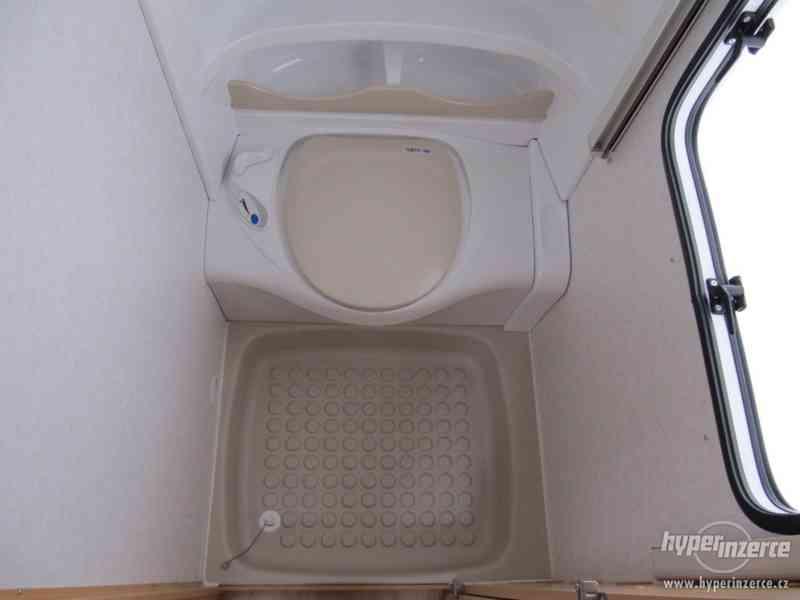 Prodám karavan Hobby 460 ufe,model 2008 + klima + před stan. - foto 14