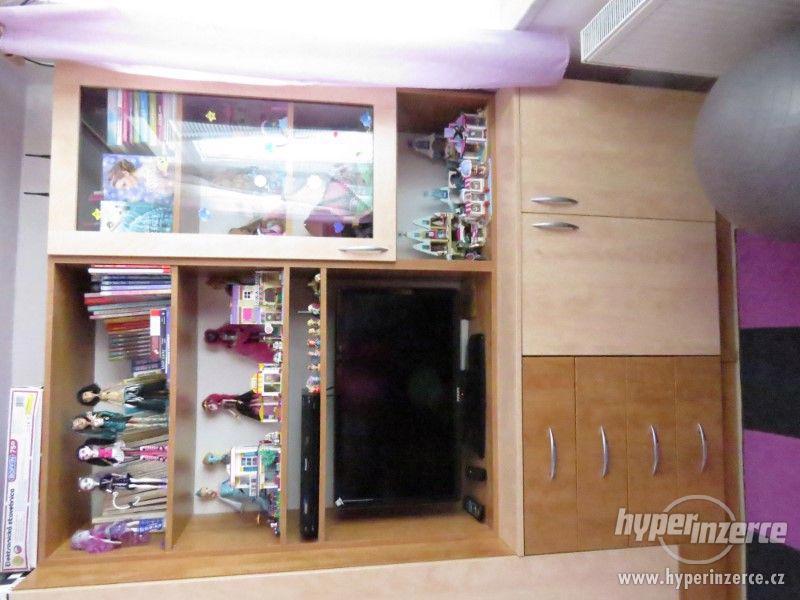 Psací stůl rohový a skříň - foto 11