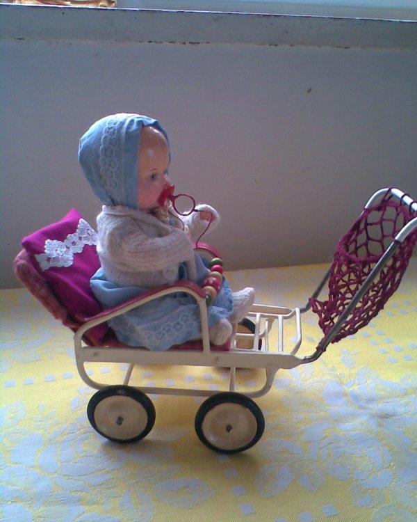 retro 10 kočárky s panenkami a krásný dárek