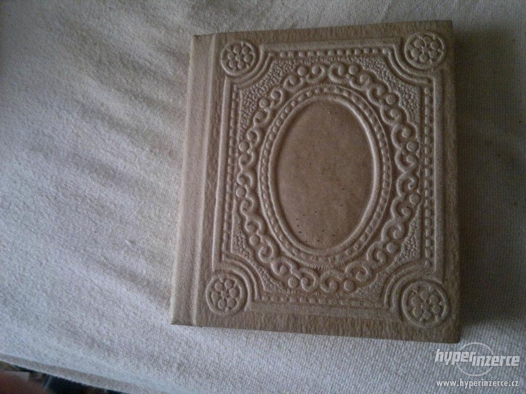 Krásné staré Fotoalbum (nepoužité) - foto 1