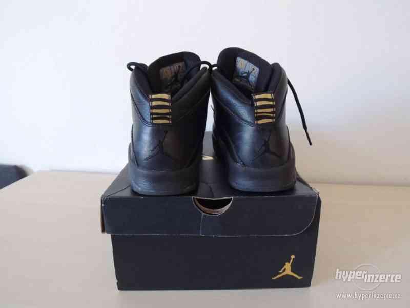 Basketbalové boty Air Jordan 10 Retro BG - foto 4