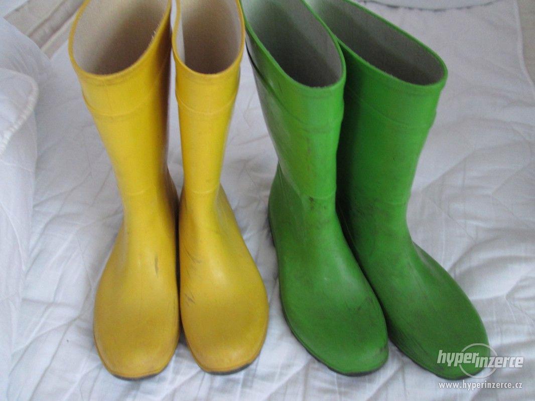 HOLÍNKY – 2 páry, vel. 37 (žluté) + vel. 38 (zelené) - foto 1