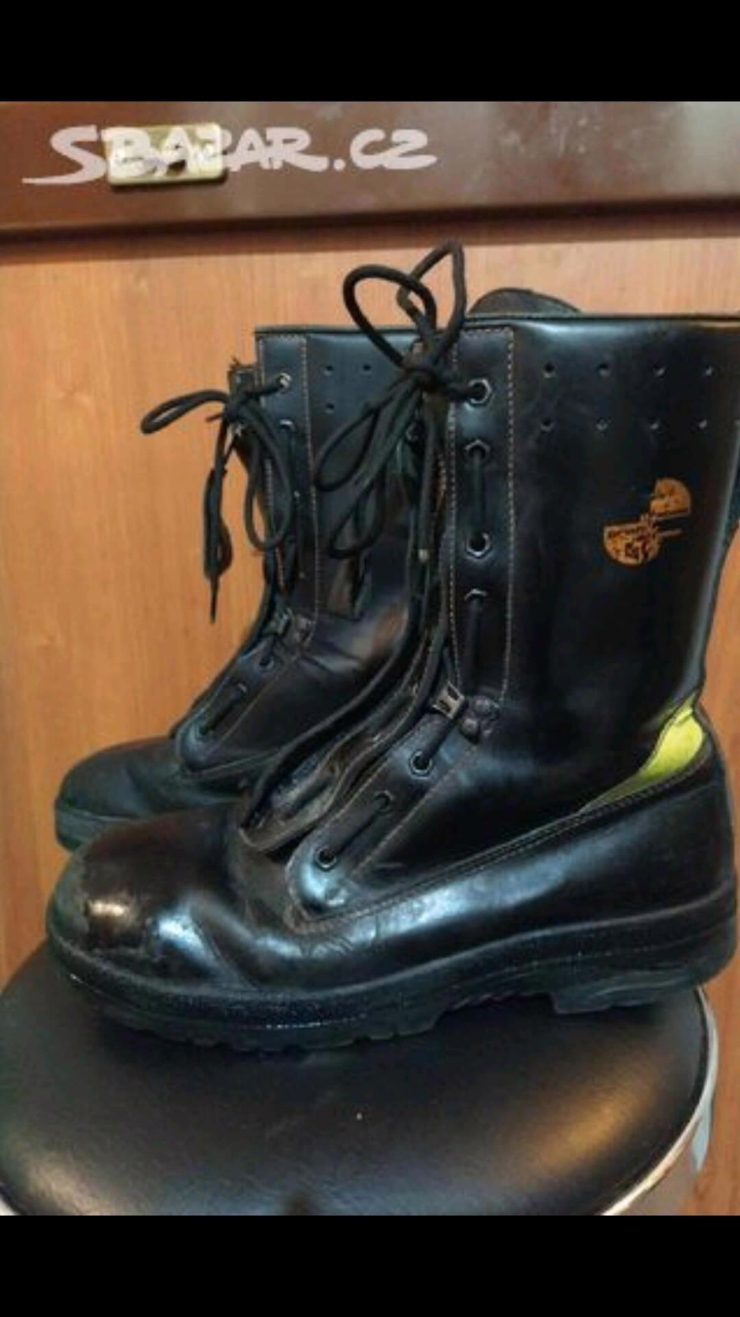 Hasičská obuv - foto 1